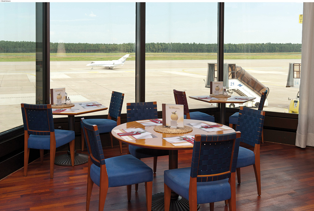 Restaurant in the Airport